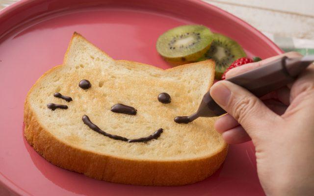 【大阪必吃甜點】可愛度爆表早餐!超萌貓貓吐司  大阪新阪急飯店BLUE JEAN新品登場