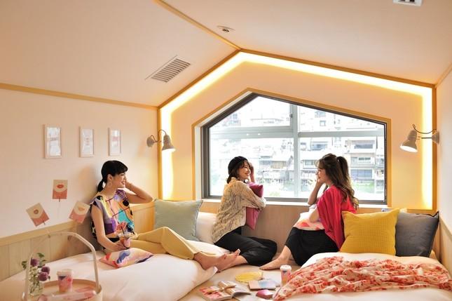 【京都住宿】女子限定!結合咖啡廳的人氣時尚青年旅宿「CAFETEL」三条新登場
